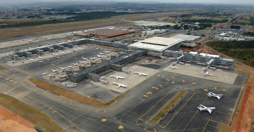 16jul2014-obras-do-aeroporto-de-viracopos-em-campinas-para-outubro