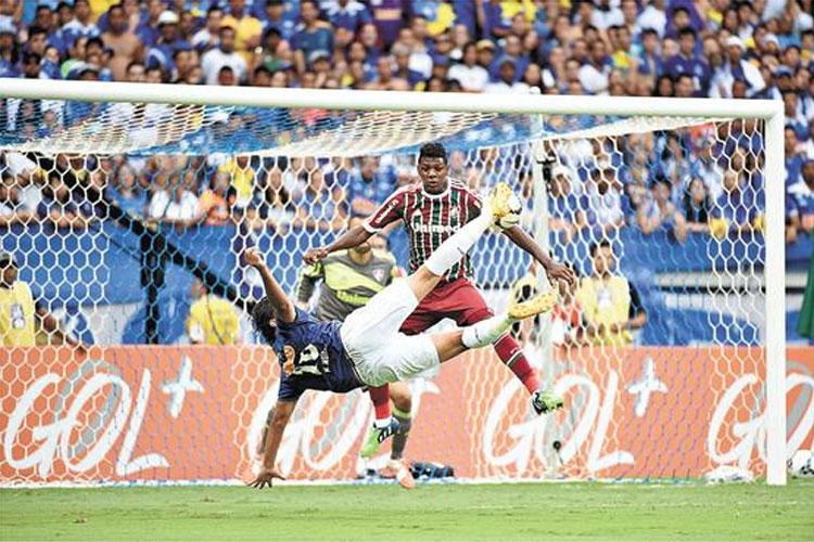 2 X 1 Gol do Marcelo Moreno contra Fluminense 071214