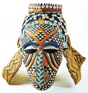 african-mask-with-checkerboard-pattern