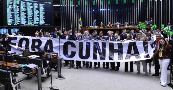 Fora Cunha