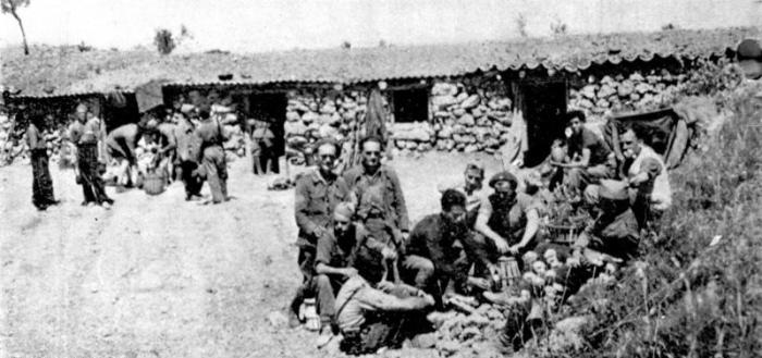 Bundesarchiv_Bild_183-H28510,_Spanien,_Gefechtsstand_des_Etkar_André_Bataillons