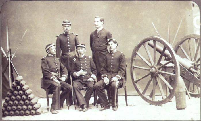 oficiais_brasileiros_canhao_1886